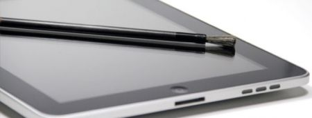 Artists Keep Hands Clean with Tablet-Friendly Brush Stylus