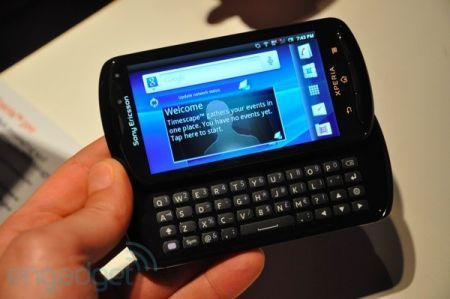 Sony Ericsson Xperia Pro initial hands-on!